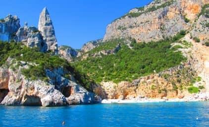 Sardinien - Paradies zwischen Bergen und Meer
