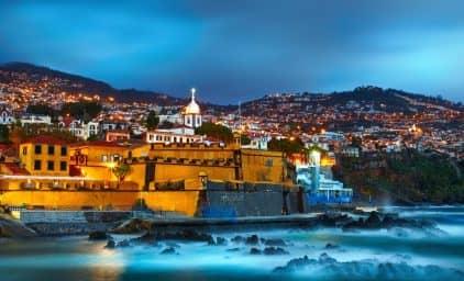 Madeira zu Silvester zur Kamelienblüte
