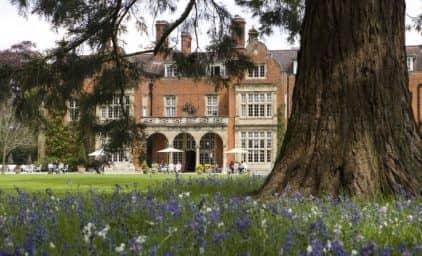 Berühmte Frauen und ihre Gärten in England